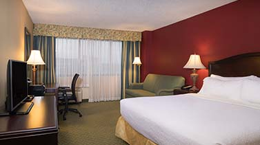 Rooms at Holiday Inn College Park