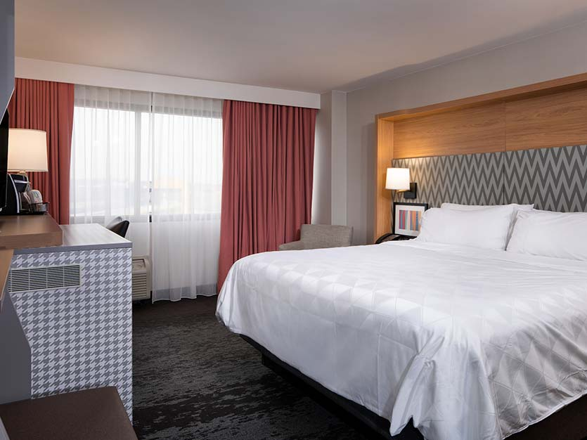 King Room at Holiday Inn College Park