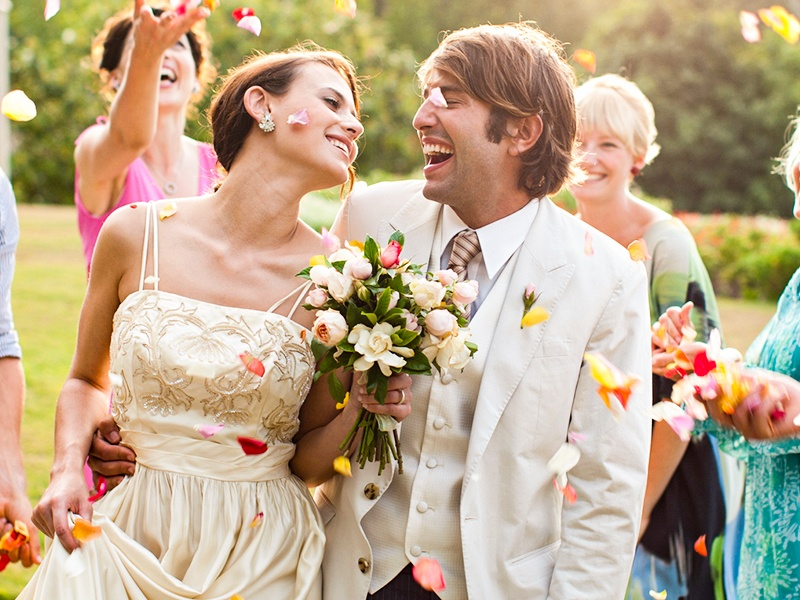 weddings-at-college-park-hotel-offering-sm